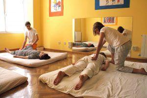 Masaje japonés basado en la medicina china